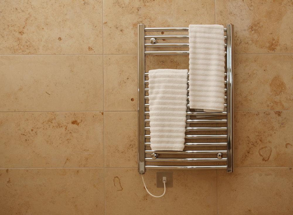 The 7 Best Bathroom Heater UK 2020 Reviews